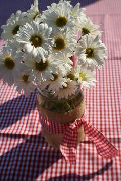 Decorating Mason Jars with Burlap | Decorating & DIY / mason jars, burlap, ribbon- could use for anything