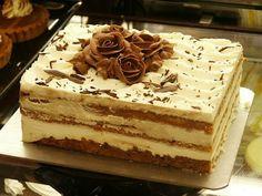 Let Them Eat.. Tiramisu?! on itsabrideslife.com / Wedding Cake / Non-traditional Wedding Cake / Wedding Desserts