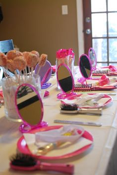 Spa Party for 7 year olds! So cute!!!! Could adapt to be a Fancy Nancy party for 5yo :)