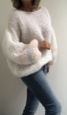 Loose Knit Sweaters, Hand Knitted Sweaters, Mohair Sweater, Sweater Knitting Patterns, Cozy Sweaters, Knitting Yarn, Hand Knitting, Handgestrickte Pullover, Rainbow Sweater