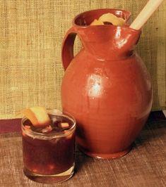 Sangría #receta #recetasMycook Chefs, Smoothies, Hurricane Glass, Moscow Mule Mugs, Cooking, Tableware, Sangria Recipes, 2 Ingredients, Sorbet