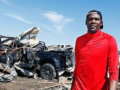 Kevin Durant taps Nike to donate $1M in products, sneaker profits to Oklahoma tornado relief. ---  Its amazing how much the nation can give when needed...Lets not forget West, Texas...they are getting NO federal aid.