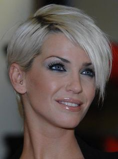 11 korte kapsels in zeer moderne platina en blonde tinten