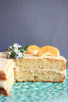This Gluten-Free Vegan Orange Cake is moist and fluffy, fresh and citrusy and filled with a rich buttercream! Gluten Free Cakes, Gluten Free Baking, Vegan Baking, Gluten Free Desserts, Vegan Gluten Free, Dairy Free, Vegan Treats, Vegan Snacks, Vegan Food