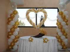 Resultado de imagen para decoracion con globos bodas de oro