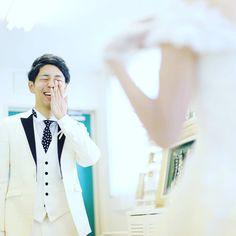 結婚式でファーストミートをするときに撮りたい写真まとめ | marry[マリー] Restaurant Wedding, Wedding Photos, Weddings, Instagram, Marriage Pictures, Wedding, Wedding Photography, Wedding Pictures, Marriage