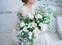 Italian Bridal Inspiration, white and green bouquet, greenery,LVL Weddings & Events, Elizabeth Messina, Inviting Occasion