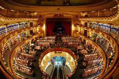 EN IMAGES. De Buenos Aires aux Cyclades, des librairies pas comme les autres