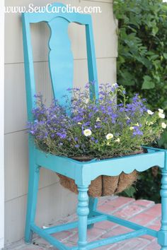 easy chair planter DIY...and paint your chair in Chalk Paint® decorative paint by Annie Sloan while you're at it!