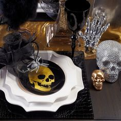#ShareIG Get everything you need to set a spooky table for your Halloween soiree!