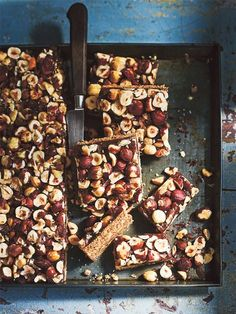 Indulge in this not-so-naughty sweet treat – toasted hazelnuts sit atop an easy maple caramel and oaty coconut base, making this the perfect seasonal delight.
