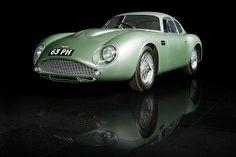 Aston Martin DB4 GT Zagato.