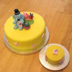 Elephant And Piggie Cake