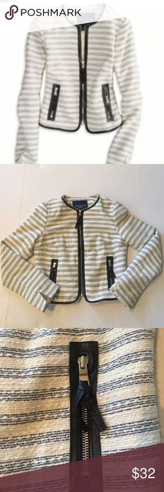 •American Eagle• American Eagle tweed striped jacket in navy and cream with faux leather accents. American Eagle Outfitters Jackets & Coats Blazers