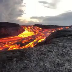 Science Discover Lava - S Su - Nature travel Dame Nature Nature Gif Science And Nature Nature Videos Lava Flow Beautiful Places To Travel Natural Phenomena Natural Disasters Insta Photo Nature Gif, Nature Scenes, Science And Nature, Nature Videos, Natural Phenomena, Natural Disasters, Beautiful Places To Travel, Beautiful World, Natur Wallpaper