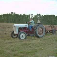 Do you think Baling Hay deserves to win the Steiner Tractor Parts Photo Contest?  Have your say and vote today for your favorite antique tractor photos!