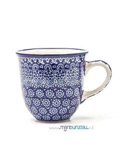 Bunzlau Castle Mok tulp in het diep blauwe decor Lace. Deze mok is perfect voor thee of koffie. ✓60ml ✓180ml ✓ 300ml