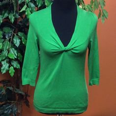 NEW YORK & COMPANY GREEN SWEATER Pretty silk blend 3/4 sleeve sweater that's great for business or casual.. New York & Company Tops