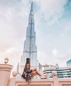 The Best 10 Things to do in Dubai, UAE. Discover What Dubai Has to Offer! Here is Insider Dubai's list of awesome things to do and attractions in Dubai, UAE. Dubai Resorts, Dubai Vacation, Dubai Travel, New Travel, Dream Vacations, Dubai City, Places To Travel, Places To Go, Travel Destinations