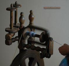 Przędzenie – kołowrotek cz.1. | Tapestry Threads