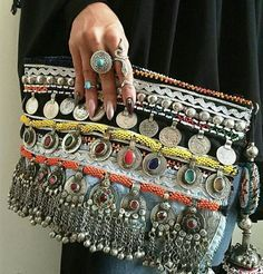 Tan Pony hide beaded coin trim foldover clutch www. Mode Hippie, Hippie Chic, Diy Fashion, Fashion Bags, Bohemian Fashion, Diy Clutch, Foldover Clutch, Clutch Purse, Ethnic Bag