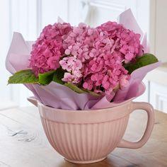 Hydrangea Mixing Bowl -gift idea