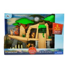Adopt a problem-free philosophy while enjoying this deluxe Pride Lands play set inspired by Disney's The Lion King. With 5 figures and multiple ways to play, they'll be feeling the love tonight. Disney Toys, Disney Mickey, Disney Parks, Raccoon Stuffed Animal, Lion King Toys, Young Simba, Timon And Pumbaa, Unicorn Rooms, Dog Pajamas