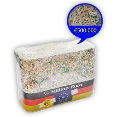 Du hast Spaß am Puzzlen und viel Zeit? Dann könnte folgendes Angebot interessant für dich sein! Eine halbe Million Euro in kleinen Fetzen - Echtgeld! Das Traumhaus sollte also drin sein.. ;-)