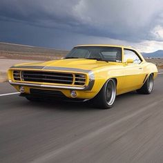 Nice Camaro.......Re-pin brought to you by agents of #carinsurance at #houseofinsurance in Eugene, Oregon