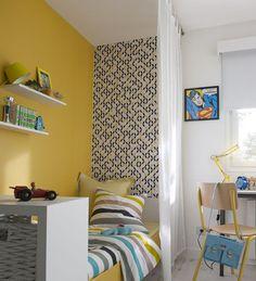 Le rideau: une solution économique et facile particulièrement adaptée à une chambre partagée par deux enfants. Chacun son espace et son intimité. http://www.castorama.fr/store/pages/idees-decoration-facile-separer-espaces.html