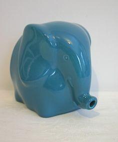 elephant string holder