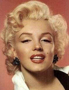 1950's Hollywood Glamour - This was the heyday for some of the most iconic celebrities such as Marilyn Monroe, Audrey Hepburn, Lucille Ball, Elizabeth Taylor and many more.