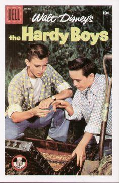 The Hardy Boys (comic fascimile).jpg (453×696)