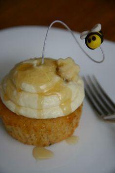 Honey, Pistacio & Sour Cream Cupcakes. #yum!