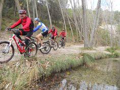 Metrobike: Alcoy Sierra Mariola Alcoy Sierra, Bicycle, Motorcycle, Vehicles, Bike, Bicycle Kick, Bicycles, Motorcycles, Car