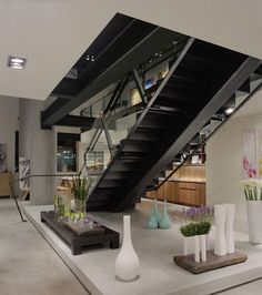 10 Steel staircase designs: sleek, durable and strong