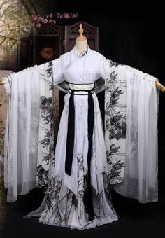 Chinese Ancient Cosplay Tang Dynasty Palace Lady Costumes, Chinese Traditional Printing Bamboo Hanfu Dress Clothing Chinese Cosplay Imperial Princess Costume for Women Pretty Outfits, Pretty Dresses, Beautiful Outfits, Hanfu, Kimono Fashion, Lolita Fashion, Mode Kimono, Fantasy Gowns, Chinese Clothing