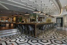 Stehlen Design restaurant bar design awards 的圖片搜尋結果 floor pattern 地鋪