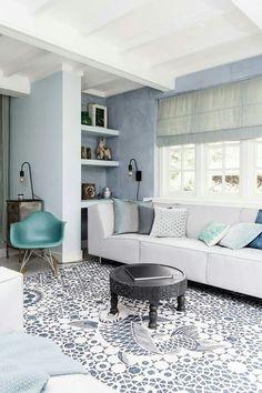 Lichte woonkamer in pasteltinten | light living room in pastels ...