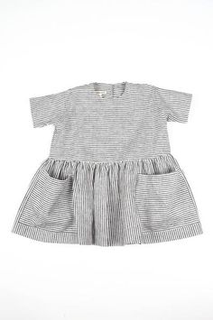 baby clothes, baby dress, stripes, black and white, Outfits Niños, Baby Outfits, Kids Outfits, Little Girl Fashion, Fashion Kids, Summer Day Dresses, Look Girl, Kid Styles, Baby Sewing