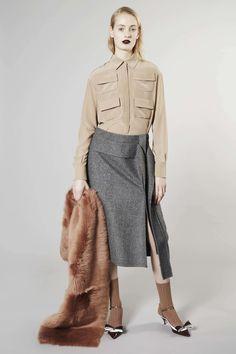 http://www.vogue.com/fashion-shows/pre-fall-2016/rochas/slideshow/collection