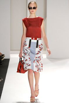 Carolina Herrera Spring 2012 Ready-to-Wear Fashion Show - Siri Tollerød