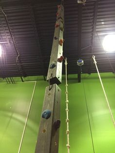 Climbing Towers – Aerial Designs – Famous Last Words Home Climbing Wall, Rock Climbing Gym, Backyard Gym, Backyard Obstacle Course, Ninja Warrior Course, American Ninja Warrior, Parkour Gym, Gym Facilities, Diy Home Gym