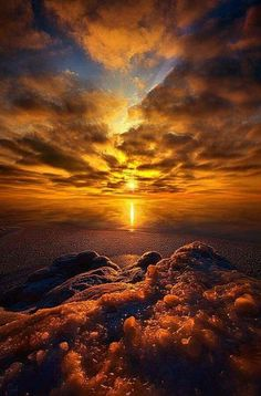 Hold of Me with Your Love Take Hold of Me. beautiful sunset, Wisconsin by Phil KochTake Hold of Me. beautiful sunset, Wisconsin by Phil Koch Beautiful World, Beautiful Images, Landscape Photography, Nature Photography, Photography Ideas, Beautiful Sunrise, Jolie Photo, Amazing Nature, Amazing Sunsets