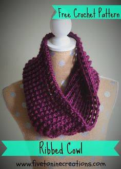 Beautiful ribbed cowl crochet pattern. Perfect free beginner crochet pattern using one and a half skeins of Lion's Brand Landscapes Yarn.