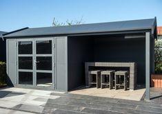 Outdoor cabin; aluminium tuinhuis met overkapping aan de
