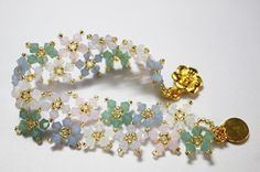 Floating Opal Blossoms Bracelet.. Tutorial...intermediate...
