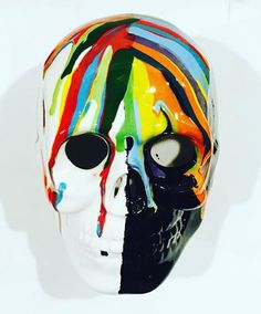 Ceramic skull with awesome rainbow drip painting! Skull Painting, Drip Painting, Pottery Painting, Ceramic Painting, Ceramic Pinch Pots, Halloween Skull, Just Giving, Cool Artwork, Sugar Skull