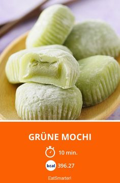 Grüne Mochi Vegan Cake decorating a vegan cake Rice Desserts, Dessert Dishes, Asian Desserts, Asian Recipes, Sweet Sticky Rice, Sticky Rice Recipes, Cake Vegan, Snack Recipes, Dessert Recipes