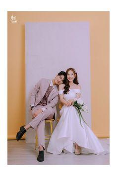 Post Wedding, Wedding Images, Wedding Pics, Wedding Styles, Pre Wedding Poses, Pre Wedding Photoshoot, Korean Wedding Photography, Couple Photography, Prenup Photos Ideas